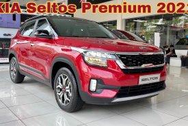 KIA Seltos Premium 2021 Màu Đỏ Đen giao liền KIA Gò Vấp. Đưa trước 241 Triệu nhận xe giá 719 triệu tại Tp.HCM