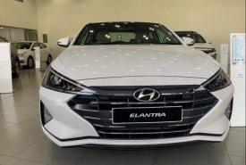 Bán Hyundai Elantra đời 2021, màu trắng giá 560 triệu tại Gia Lai