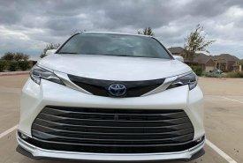 Bán xe Toyota Sienna Platinum sản xuất 2021 màu trắng  giá 4 tỷ 200 tr tại Hà Nội