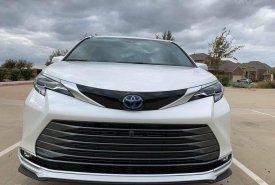 Bán xe Toyota Sienna Limited 2.5 sản xuất 2021, xe có sẵn, giá tốt giá 4 tỷ 230 tr tại Tp.HCM