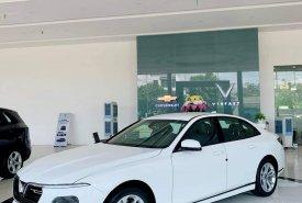 Bán xe VinFast LUX A2.0 đời 2021, màu trắng giá 881 triệu tại Tp.HCM