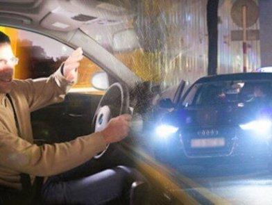 Phạt 1 triệu đồng khi không tắt đèn pha ô tô